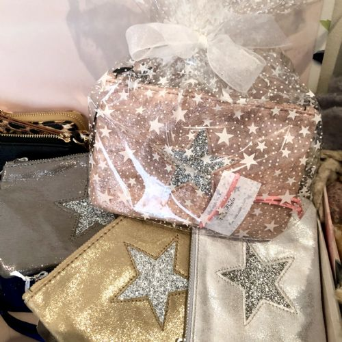 Creating Gorgeous Gift Sets - cellophane wrap and ribbon - FREE